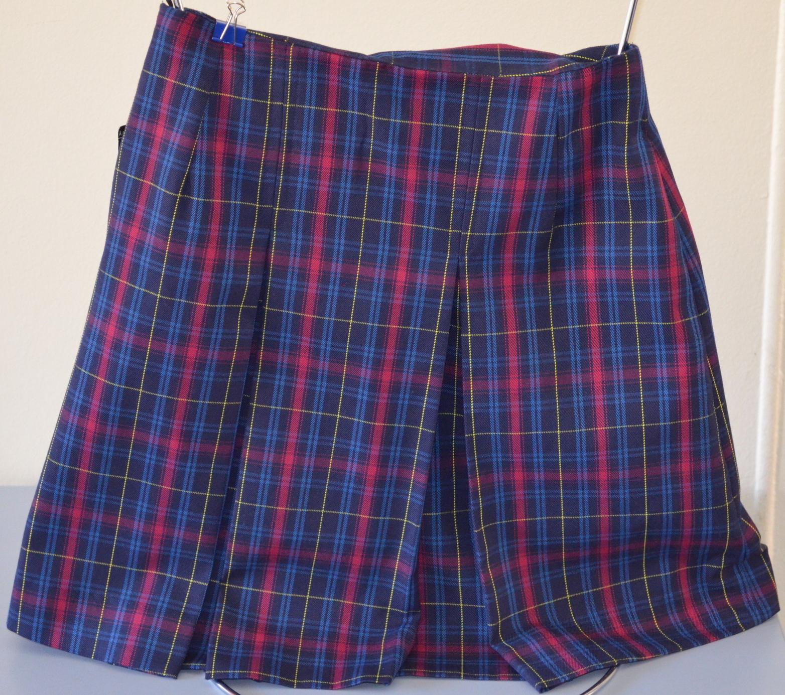 Senior pleated skirt